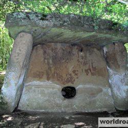 Тайны древних дольменов