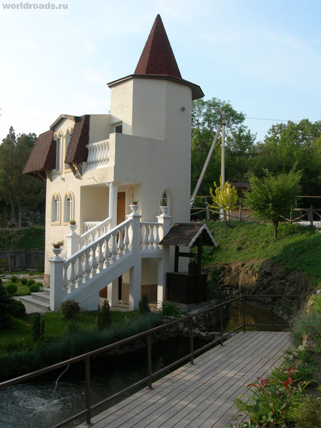 Замок-10