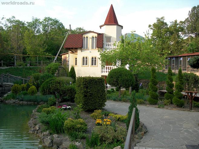 Адрес: посёлок Кабардинка, ул.
