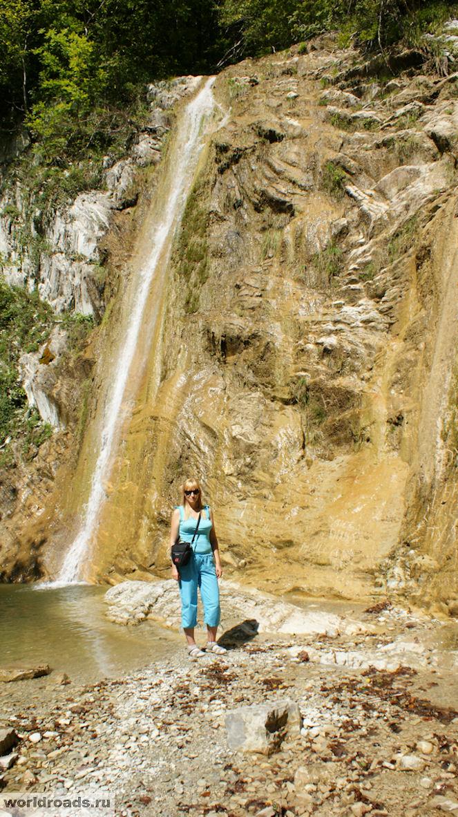 Водопады Белые скалы