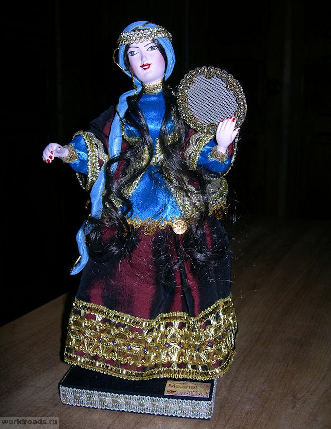 Кукла из Баку