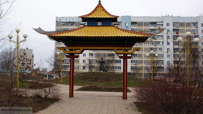 Памятник Хозяин степи