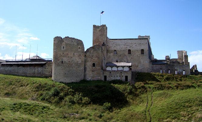 Раквере Замок Везенберг