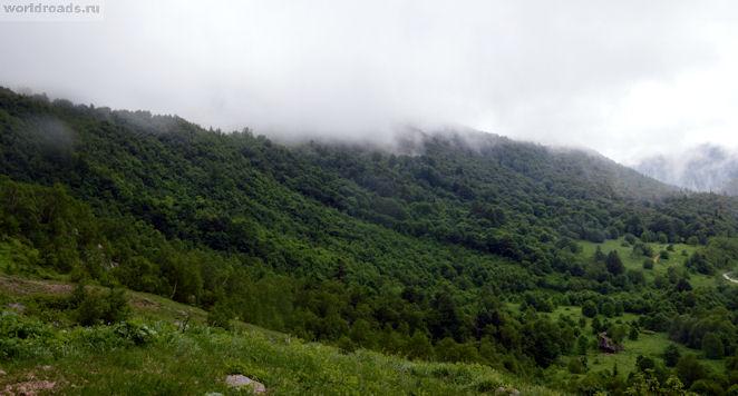 Окрестности Пшехского водопада