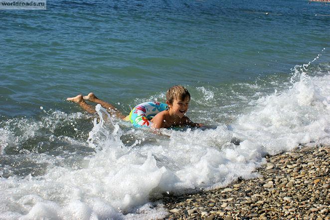 Ребёнок и море