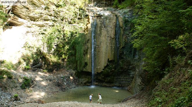Тенгинские водопады