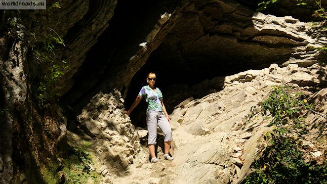 Тенгинские пещеры