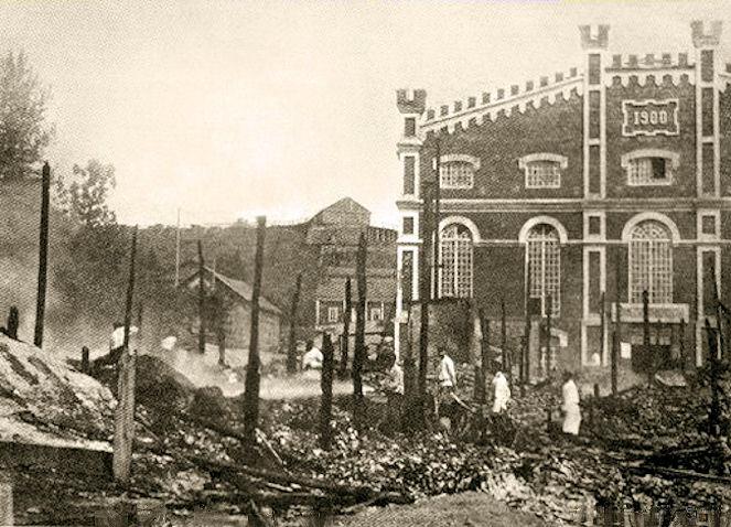 Пожар на кондитерской фабрике Ольденбургски