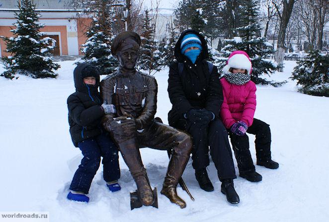 Памятник казаку в Новочеркасске