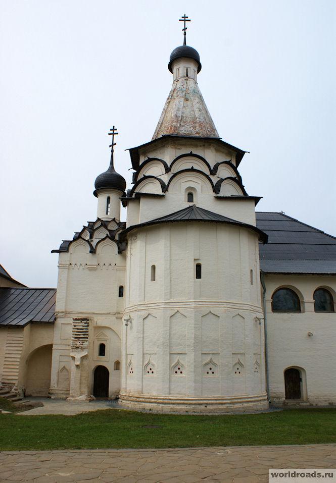 Успенская церковь Суздаль