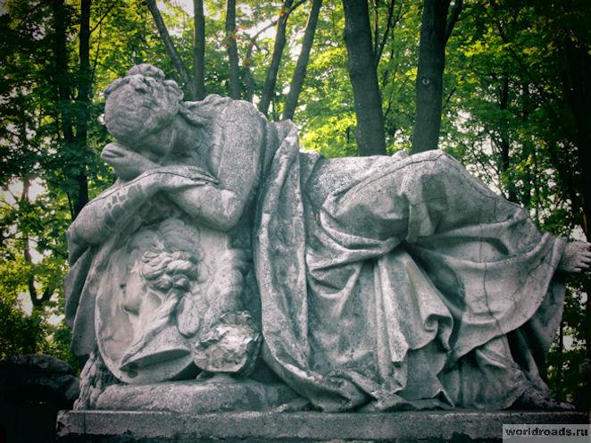 Старинные кладбища Санкт-Петербурга