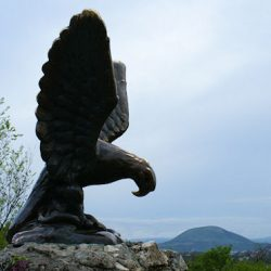 Скульптура Орла в Пятигорске – символ Кавминвод