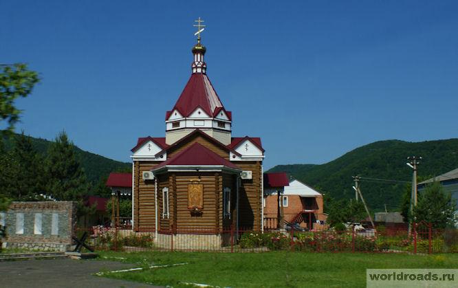 Церковь Дмитрия Солунского в Каменномостском