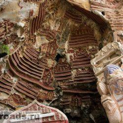 Буддистский пещерный храм Когун (Kaw Goon)