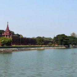 Достопримечательности Мандалая: Мандалайский кремль