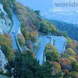 Дорога на Ай-Петри – крутейший серпантин Крыма