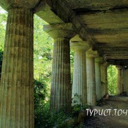 Заброшенная старинная усадьба в Ольгинке: Дача Суворина