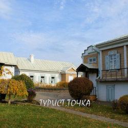 Гостиница «Казачий курень» в Вёшенской в Ростовской области