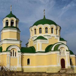 Красота в глуши Ростовской области: хутор Дядин из 15 домов и его великолепный старинный храм